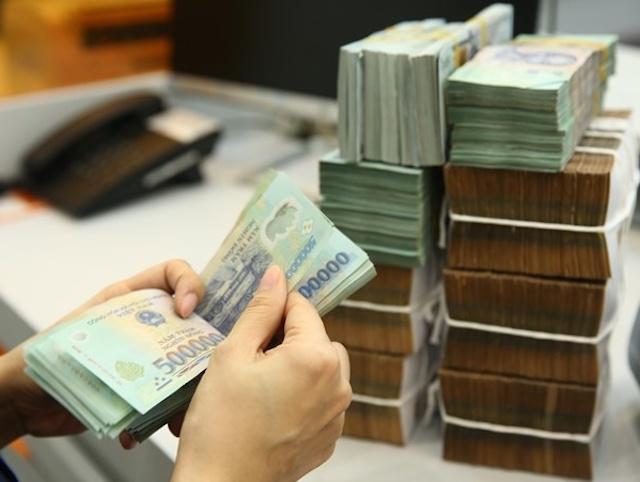 UBND TP Cần Thơ đề nghị các tổ chức tín dụng giảm lãi suất cho người dân, doanh nghiệp do chịu ảnh hưởng bởi dịch Covid-19.