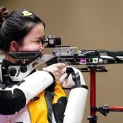 Kẹp tóc vịt vàng giống nữ xạ thủ Olympic được săn lùng