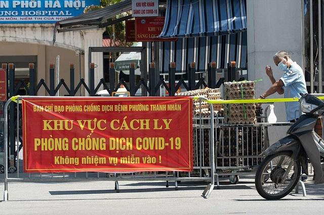 Hà Nội thêm 49 ca nghi nhiễm