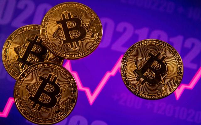 Tính đến tháng 4, Trung Quốc là nơi chiếm 46% hoạt động đào Bitcoin trên toàn thế giới. Ảnh: Reuters.