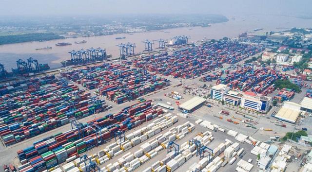 Công bố đường dây nóng hỗ trợ doanh nghiệp làm hàng tại cảng Cát Lái