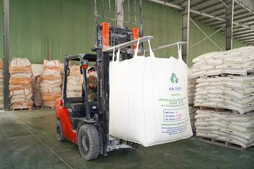 AAA báo lãi quý II tăng 54% nhờ mảng hạt nhựa và phụ gia cải thiện