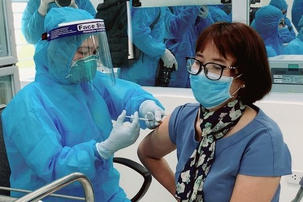 Bộ Y tế: Tỉnh, thành phố nào có tỷ lệ tiêm chủng thấp sẽ bị điều chuyển vaccine
