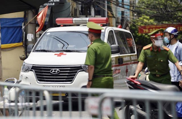 Một con ngõ bị phong tỏa phường Chương Dương, quận Hoàn Kiếm, Hà Nội. Ảnh: Người Lao động