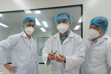 Thứ trưởng Y tế: 'Mong muốn Việt Nam sớm có vaccine trong nước sản xuất'