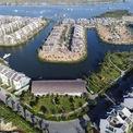 <p> Nhà nằm ở cuối con sông, trong tổng thể một dự án lớn.</p>