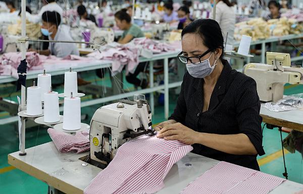 Việt Nam thành nước xuất khẩu may mặc lớn thứ 2 thế giới