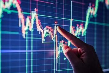 Tự doanh CTCK có tháng bán ròng mạnh nhất từ đầu năm, tập trung 'xả' HPG