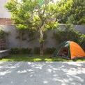 <p> Nhà dành nhiều không gian cho sân vườn, tạo nơi vui chơi cho con cái.</p>