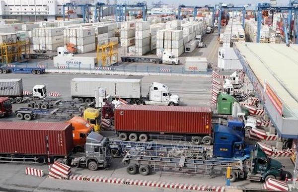 Bộ Công Thương 'hiến kế' giải phóng hàng hóa ùn ứ tại cảng Cát Lái