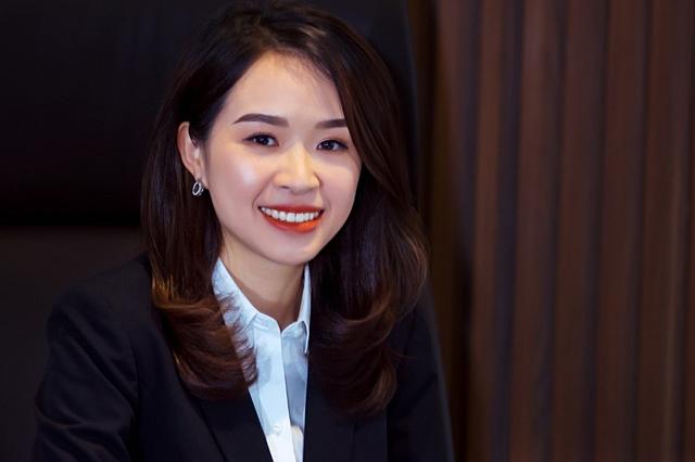 Bà Trần Thị Thu Hằng là Chủ tịch ngân hàng trẻ nhất Việt Nam. Ảnh: Kienlongbank