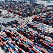 Chuyển hàng về cảng Cát Lái, doanh nghiệp phải cam kết nhận hàng trong vòng 48 giờ