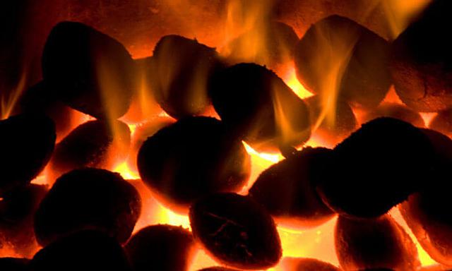 Trung Quốc tái khởi động nhiều mỏ than vì nhu cầu điện tăng cao