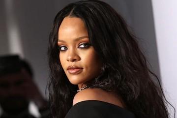 Rihanna: Hành trình từ quê nghèo Barbados vươn lên thành tỷ phú đô la