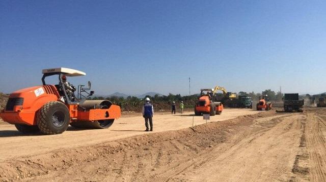 Bộ GTVT đề nghị 3 địa phương hỗ trợ triển khai 2 dự án cao tốc phía Nam