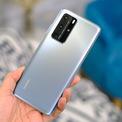 """<p class=""""Normal""""> <strong>6. Huawei P40 Pro (132 điểm camera sau, 103 điểm camera trước)</strong></p> <p class=""""Normal""""> P40 Pro sở hữu camera chính có độ phân giải 50 megapixel, f/1.9, hỗ trợ lấy nét PDAF, OIS, camera tele là 12 megapixel, camera gó siêu rộng 18 mm có độ phân giải 40 megapixel và một cảm biến TOF 3D đo độ sâu. Cụm camera thiết kế lồi nhưng phần gờ được Huawei thiết kế đường chuyển mềm mại, tránh xước góc và tạo nét cao cấp cho sản phẩm.</p>"""