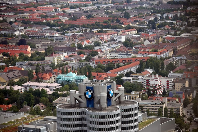 The headquarters of German luxury carmaker BMW is seen in Munich, Germany, July 24, 2020. REUTERS/Michael Dalder/File Photo