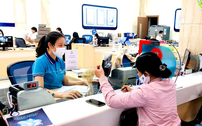 Đề xuất cho phép cơ cấu nợ với thẻ tín dụng của khách hàng bị tác động dịch bệnh