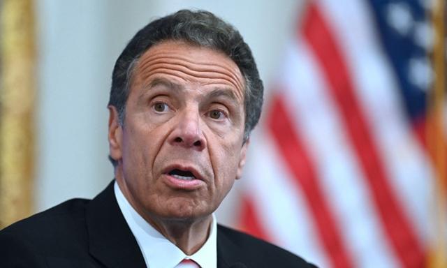 Thống đốc Cuomo trong một cuộc họp báo ở thành phố New York hồi tháng 5. Ảnh: AFP.