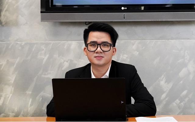 Chuyên gia Nguyễn Trọng Đình Tâm tại buổi Livestream. Ảnh: SSI.