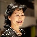 """<p class=""""Normal""""> <strong>Thai Lee</strong></p> <p class=""""Normal""""> Tuổi: 62</p> <p class=""""Normal""""> Tài sản: 4,1 tỷ USD</p> <p class=""""Normal""""> Thai Lee là CEO công ty công nghệ SHI International, với hơn 20.000 khách hàng trên toàn thế giới, trong đó có Boeing và AT&amp;T. Bà sinh ra tại Thái Lan, lớn lên ở Hàn Quốc và đến Mỹ để theo học cấp 3. Bà có bằng MBA của Đại học Harvard. (Ảnh: <em>Forbes</em>)</p>"""