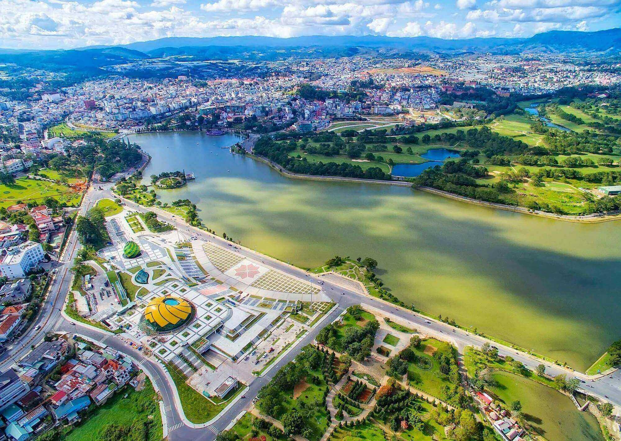Lâm Đồng thành 'sân chơi' mới của doanh nghiệp địa ốc?