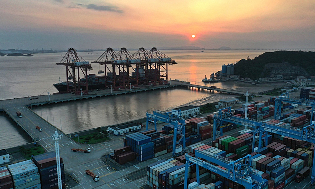 Vận tải biển toàn cầu lao đao vì chủng Delta tấn công cảng Trung Quốc