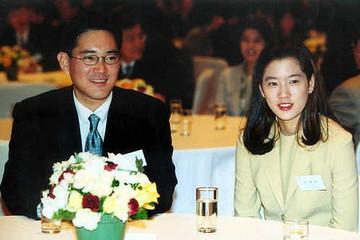 Cuộc hôn nhân kín tiếng của 'thái tử Samsung' và ái nữ tập đoàn đối thủ