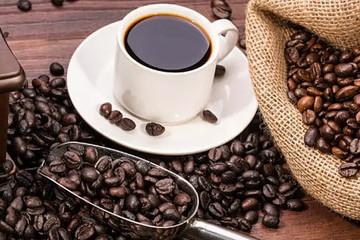 Giá tăng 33%, xuất khẩu cà phê Việt lại ở mức đáy trong 6 tháng