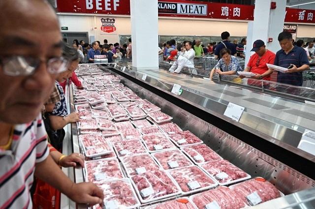 Tỷ phú thịt lợn Trung Quốc rời nhiệm
