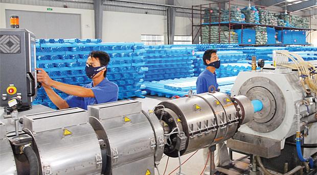 Nhựa Bình Minh: Lần đầu tiên lỗ, hoạt động duy trì 15-20%