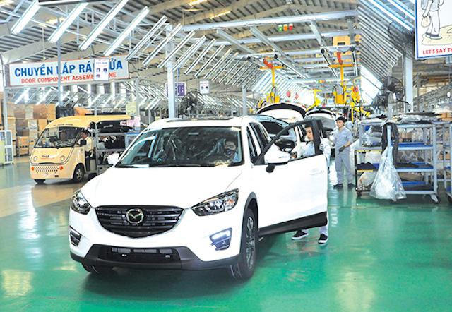 Phó Thủ tướng chỉ đạo xem xét đề xuất giảm 50% lệ phí trước bạ đối với ôtô sản xuất, lắp ráp trong nước. Ảnh minh họa.