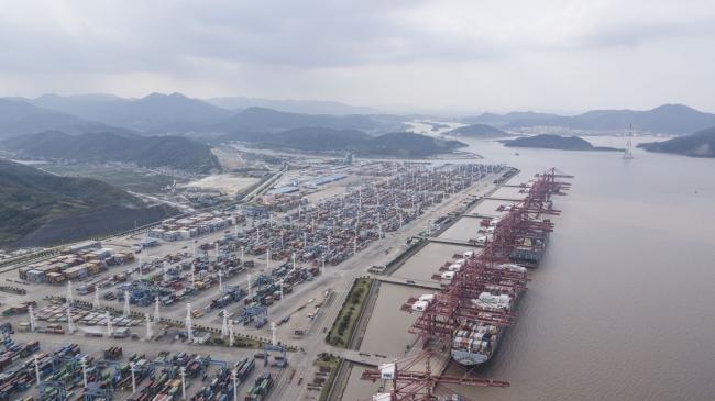 Cảng container đông thứ ba thế giới đóng cửa một phần 6 ngày liên tiếp