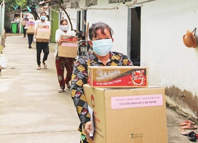 TP HCM hỗ trợ 2,5 triệu người dân gặp khó khăn trên địa bàn