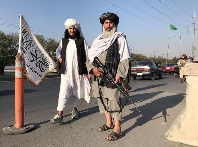 Taliban thành lập Tiểu vương quốc Hồi giáo Afghanistan