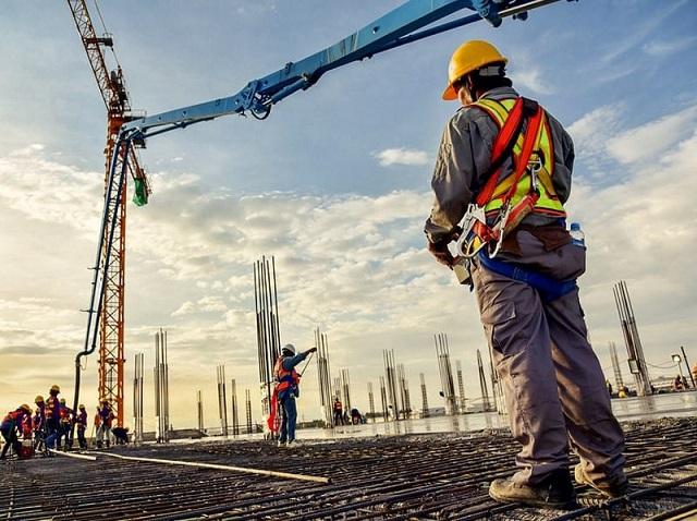 Nhiều nhà thầu xây dựng kiến nghị giảm lãi suất, cơ cấu nợ ngân hàng