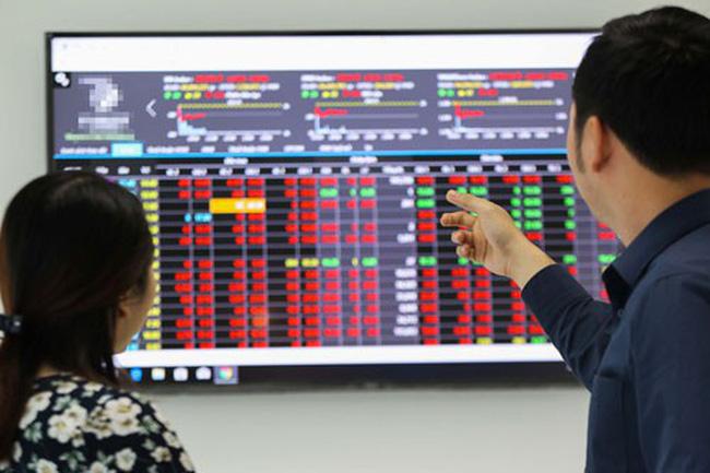VN-Index mất hơn 45 điểm, giá trị khớp lệnh kỷ lục
