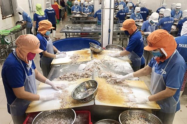 Theo VCCI Cần Thơ, lượng công nhân quay trở lại doanh nghiệp đang giảm vì ảnh hưởng dịch Covid-19. Ảnh: Xuân Trường.