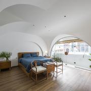 Nhà tông màu trắng trong khu dân cư đông đúc của người Hoa