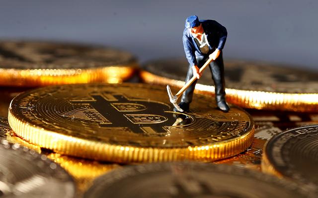 bitcoing-mining-reuterspng-657-6887-1519