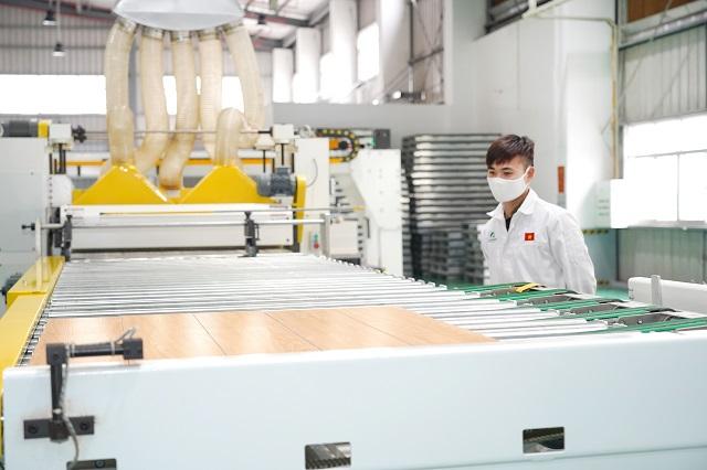 Nhựa Hà Nội lên kế hoạch lãi quý III gấp 3,3 lần cùng kỳ