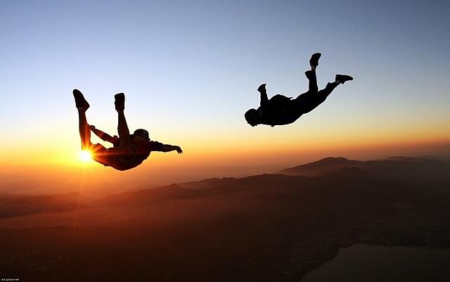 Những người yêu thích các hoạt động, trò chơi mạo hiểm thường khó mua bảo hiểm nhân thọ. Ảnh: Worth Seeing