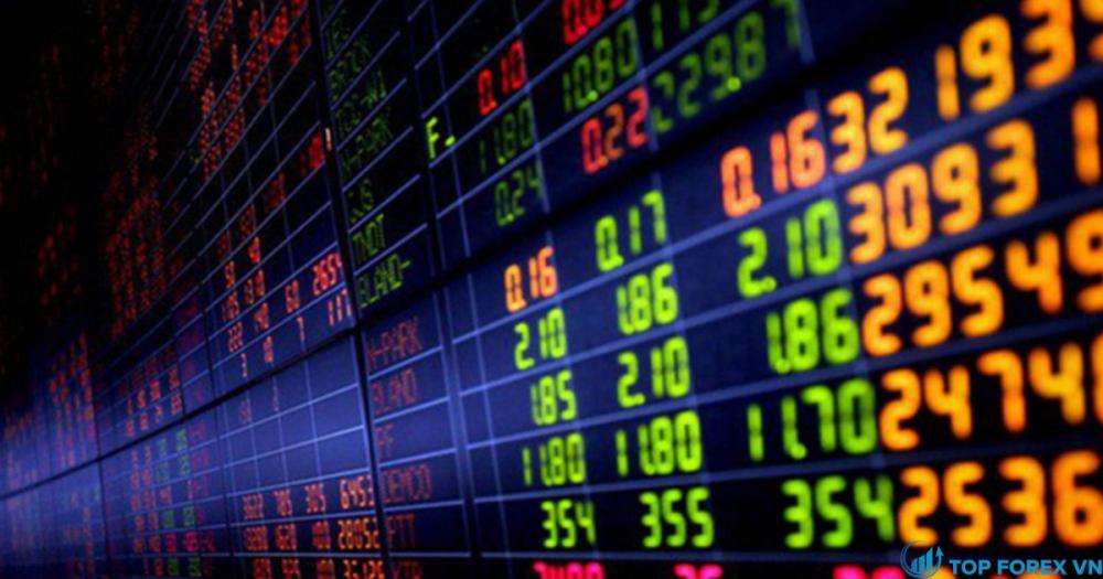 Cổ phiếu ngân hàng lao dốc, VN-Index giảm gần 31 điểm