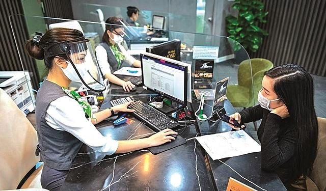 VPBank bán 49% vốn của FE Credit cho SMBC sẽ giúp FE Credit giữ vững vị thế hàng đầu.