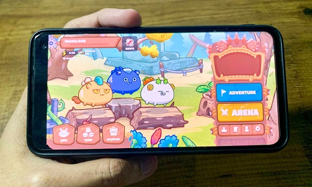image-of-a-phone-running-axie-6230-5451-