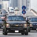 <p> So với các chuyến thăm của cựu Tổng thống Obama và Donald Trump, đoàn xe hộ tống của bà Harris có số lượng xe ít hơn, nhưng vẫn đảm bảo an ninh nhờ những phương tiện chuyên dụng hiện đại đi cùng.</p>