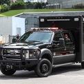 <p> Ford F-Series được sử dụng để chở theo các cảm biến tinh vi để phát hiện những mối nguy hiểm như chất độc hóa học, sinh học hay phóng xạ và một số tính năng khác để đảm bảo an toàn cho đoàn xe nguyên thủ.</p>