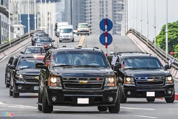Đoàn xe hộ tống Phó Tổng thống Mỹ Harris tại Việt Nam