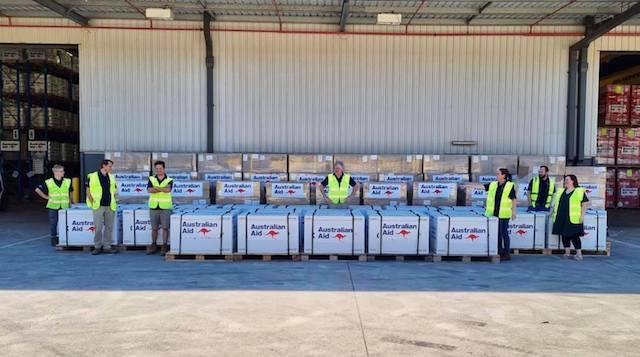 Việt Nam tiếp nhận hơn 400.000 liều vaccine AstraZeneca từ Australia. Ảnh: Đại sứ quán Australia,