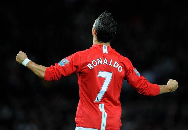 Cổ phiếu MU tăng vọt sau tin Cristiano Ronaldo trở về